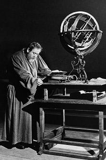 Charles Laughton as Galileo